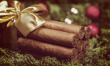 Stuff Your Stockings with Gift Cigars!